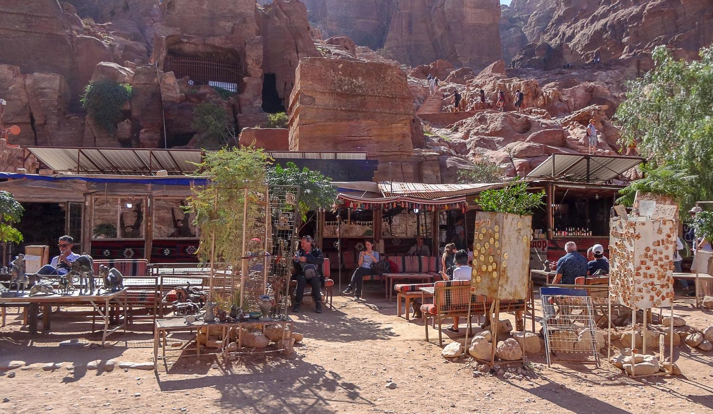 Кафе в Петре