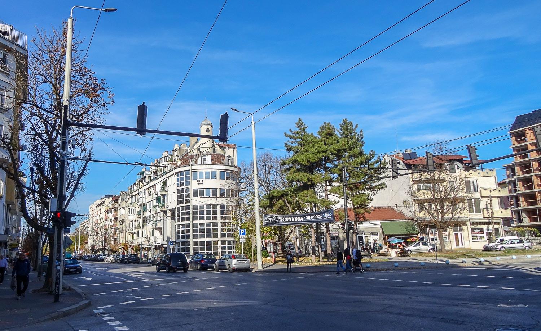 Широкая главная улица
