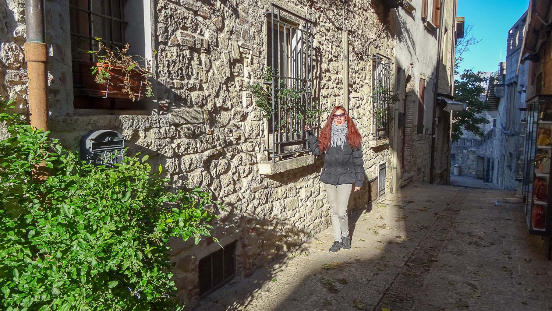 На улочке в Сан-Марино