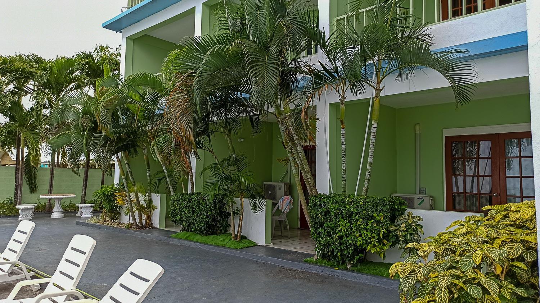Отель Ocean Palms