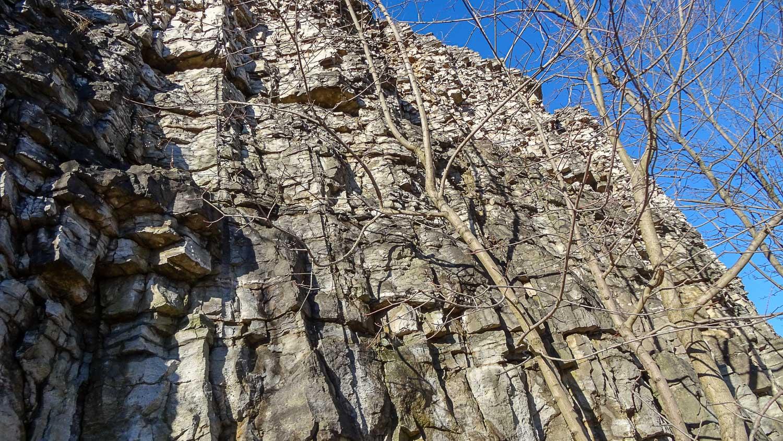 Очень необычные скалы