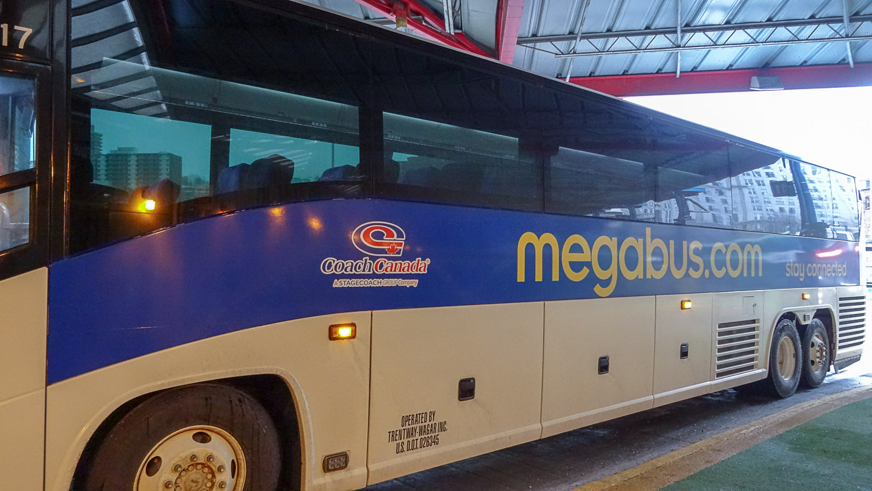 Канадский Megabus
