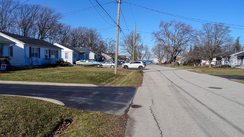 Типичная улочка в нескольких кварталах от центра