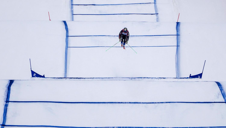 Ски-кросс выглядит так