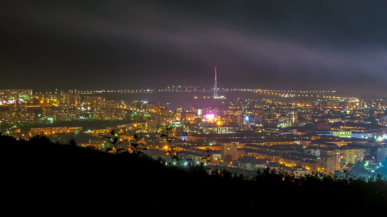 А город выглядит вот так