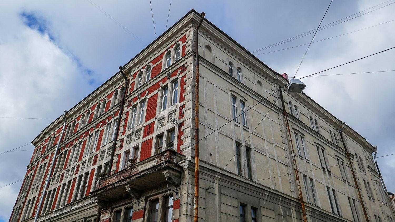 Балкон не внушает доверия