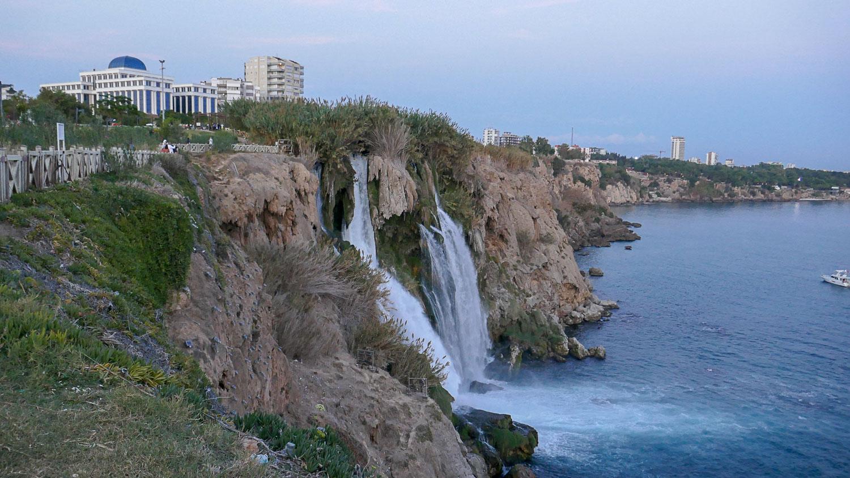 Вид на водопады
