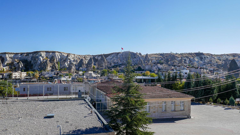 Вид с террасы днем