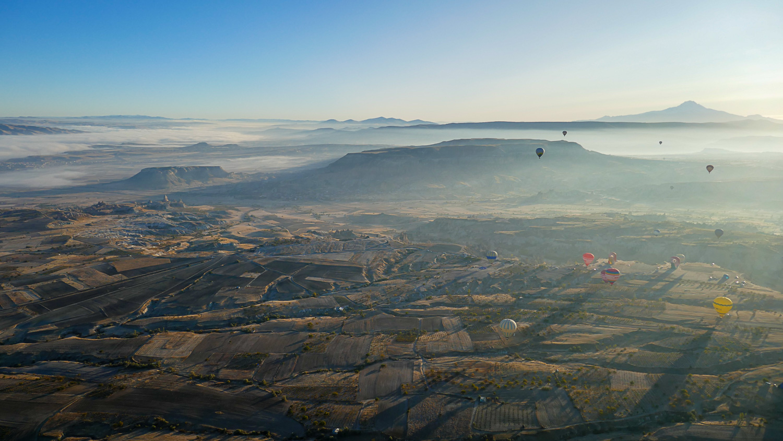 Туман над долинами... Кажется, что жизнь внизу замерла!