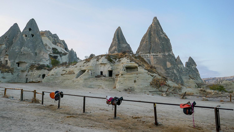 Кажется, будто в этих пещерах должны жить сказочные существа