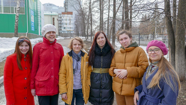 Настя, Полина, Яна, я, Катя и Элина