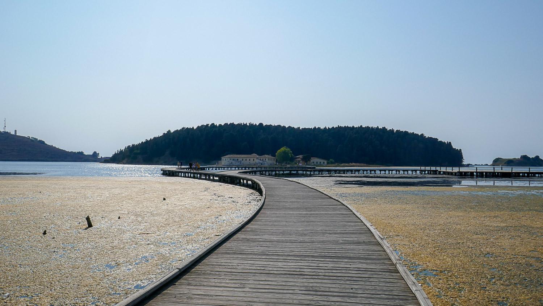 Дорога на остров Звернец