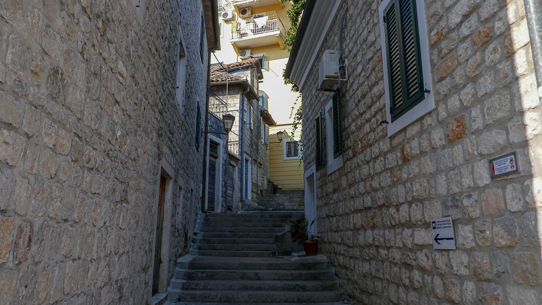 Еще одна лестница
