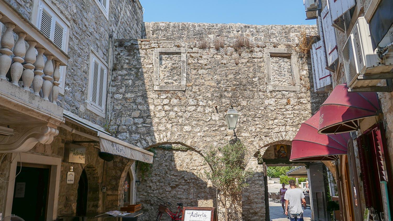 Старые арки